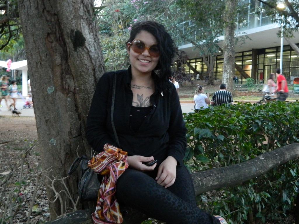 Jéssica Monique, de 19 anos, que vai estudar música