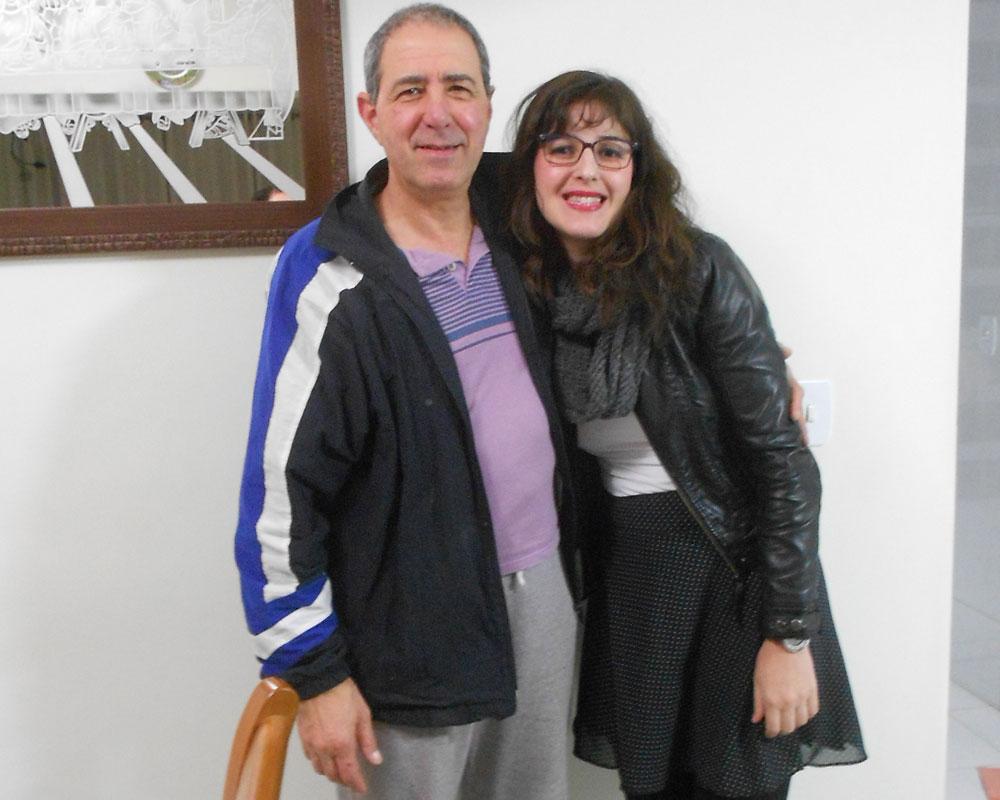 'Sinto que hoje devo continuar caminhando e conduzindo a minha vida que sem a minha família não teria sentido, sempre no caminho do bem, do trabalho e do amor', diz meu pai