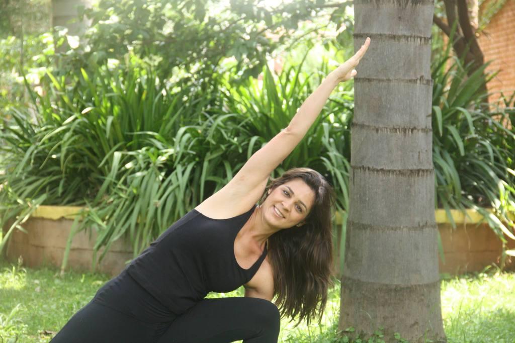 Valesca Mendes encontrou-se dando aulas de yoga