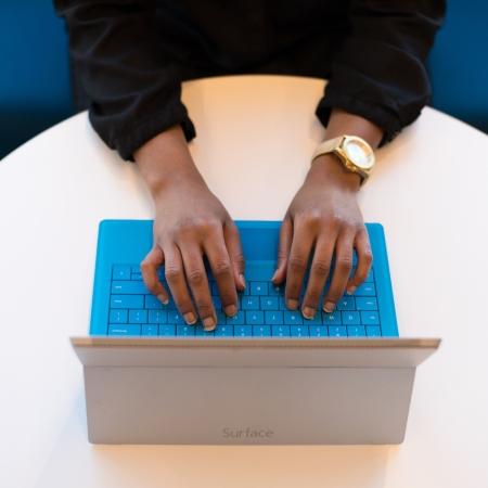Como evitar a procrastinação na hora de escrever